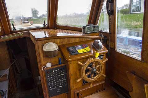 Neils Hansen Custom Motor Sailor, 1990 sailboat