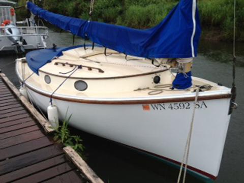 Herreschoff 18109 sailboat