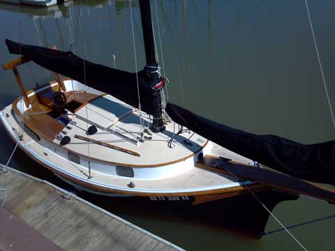 Herreshoff Eagle, 22 ft., 1974 sailboat