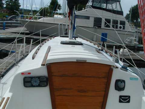 Hunter 27, 1997 sailboat