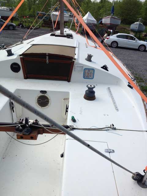 J24 For Sale >> J24, 1981, Oneida Lake, New York, sailboat for sale from ...