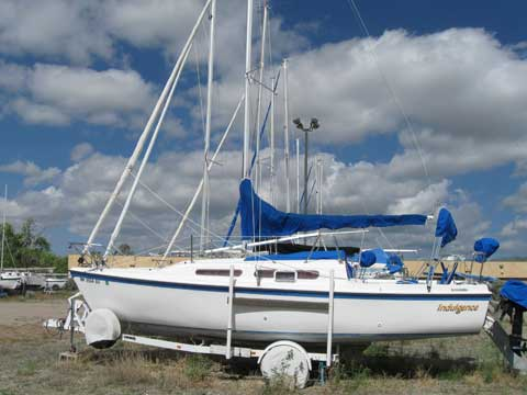MacGregor 25, 1983 sailboat