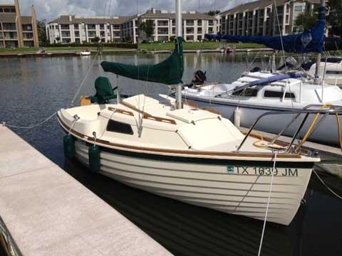 Montgomery 17, 1999 sailboat