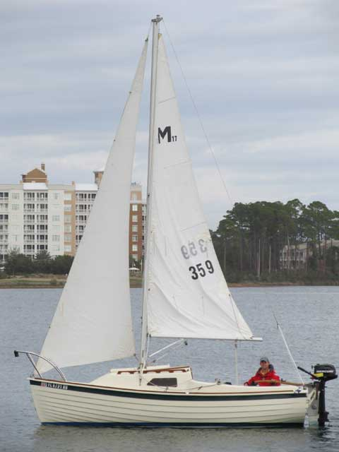 Montgomery 17, 1982 sailboat