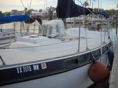 Morgan 30 Out Island, 1979 sailboat