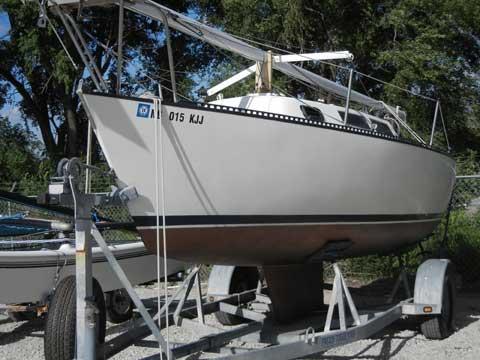 S2-22, 1987 sailboat