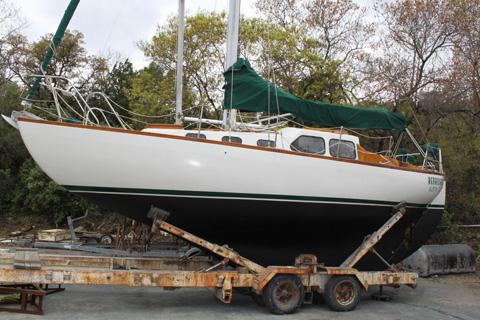 boat windless on car carver montego boats for sale farallon boats for sale cobalt. Black Bedroom Furniture Sets. Home Design Ideas