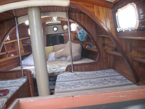 Sandpiper 32, 1979 sailboat