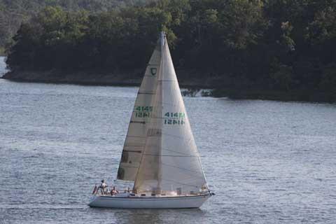 Tartan 34-2, 1986 sailboat
