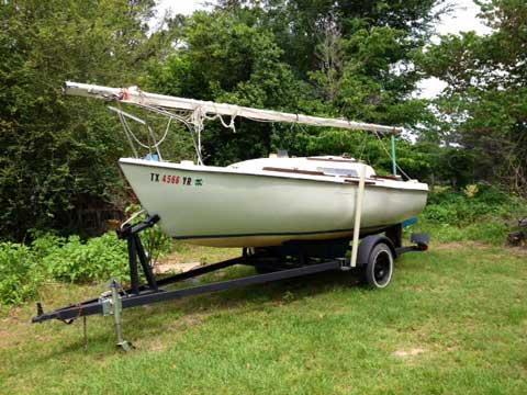 Venture 17, 1974, Tyler, Texas sailboat
