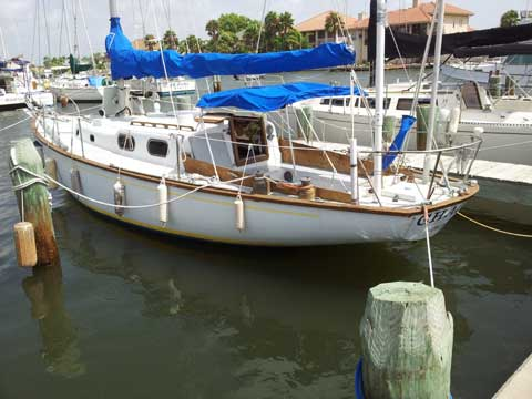 Alberg 35 (made by Pearson), 1963 sailboat