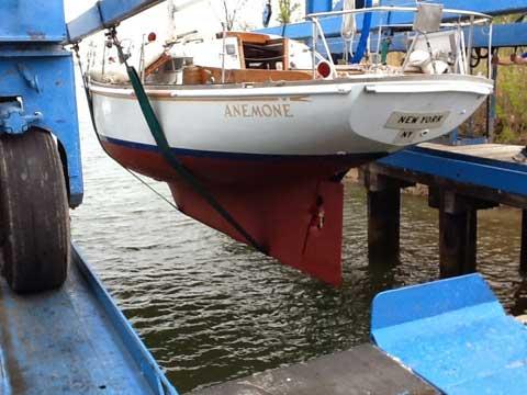 Allied Sea Breeze, 35 ft, 1968 sailboat