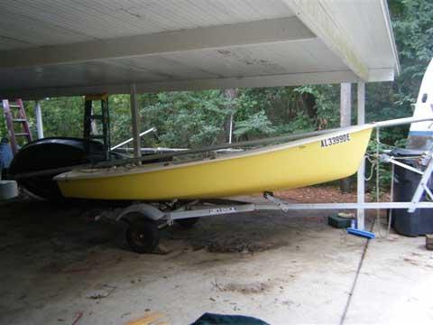 AMF Puffer, 1977 sailboat