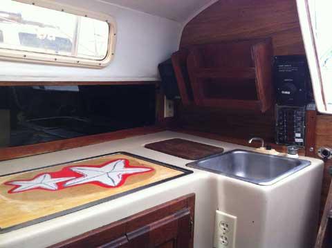 Balboa 24', 1981 sailboat