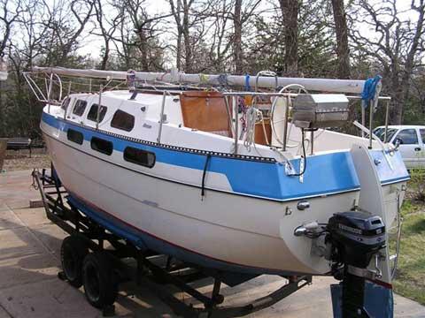 Bayliner Buccaneer 27, 1976 sailboat