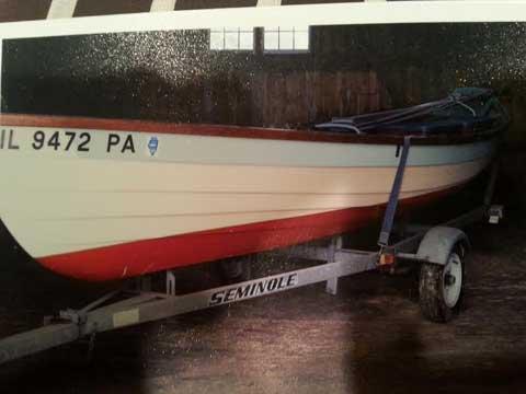 Beachcomber Dory 18, 1979 sailboat
