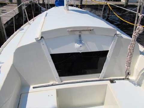 Cal 2-25, 1978 sailboat
