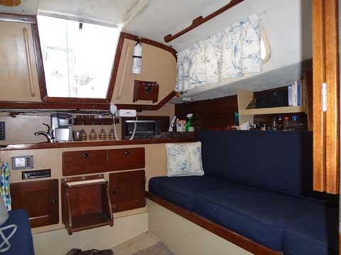 CAL 2-27, 1979 sailboat