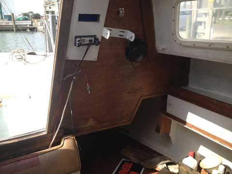 Cal 27 T2, 1974 sailboat