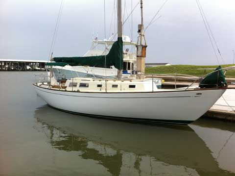 Cal 36, 1968 sailboat