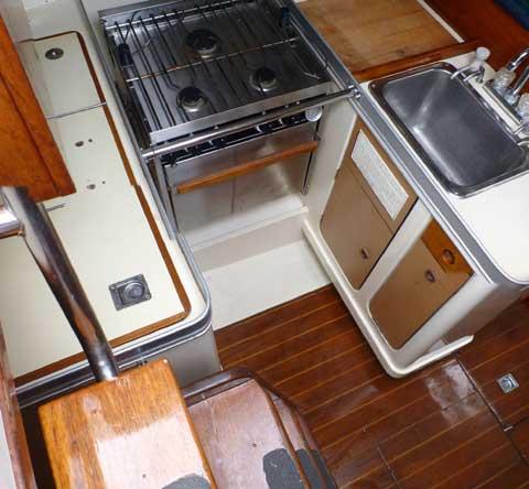 Canadian Sailcraft, 36 ft, 1986 sailboat