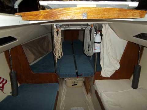 Catalina Capri 22 ft, 1988 sailboat