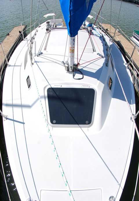Catalina Capri 26, 1991 sailboat