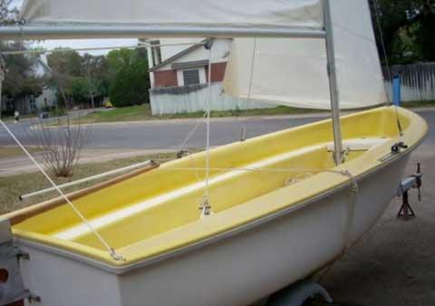 Omega 14, Pre 1973 sailboat