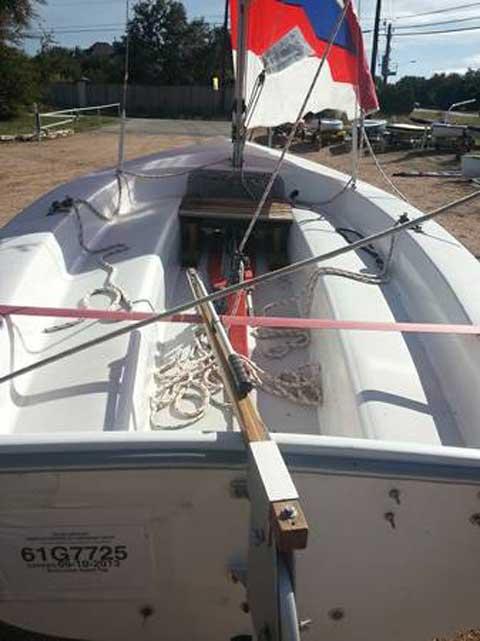 Catalina 14.2, 1998 sailboat