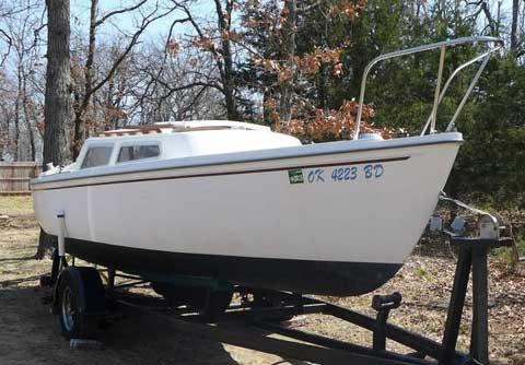 Catalina 22, 1980 sailboat