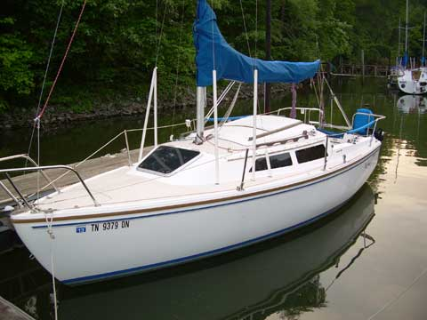 Catalina 22 Swing Keel, 1987 sailboat