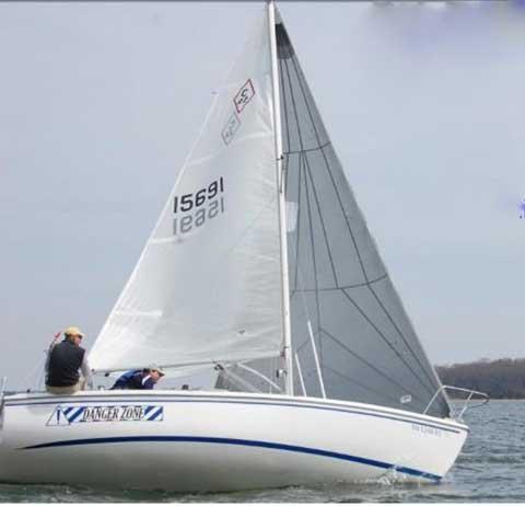 Catalina 22 Sport, 2008 sailboat
