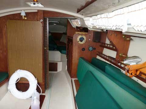 Catalina 30, 1983 sailboat