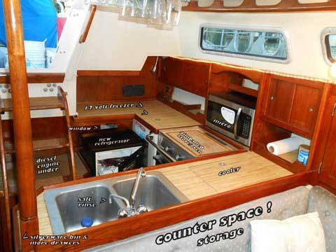 Catalina 36, 1984 sailboat