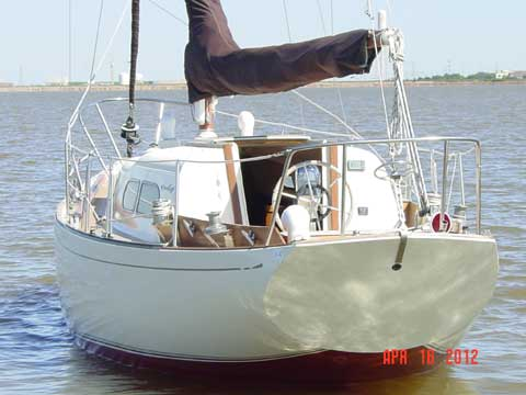 Chris Craft Cherokee 32, 1968 sailboat