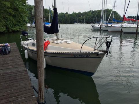 Chrysler 22, 1978 sailboat
