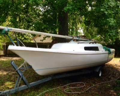 21 foot clipper sailboat
