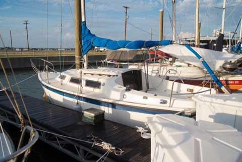 Columbia 7.6, 1978 sailboat
