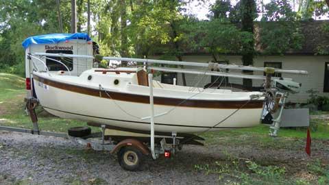 Compac 16', 1985 sailboat