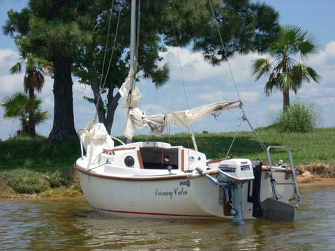 ComPac 16, 1979 sailboat