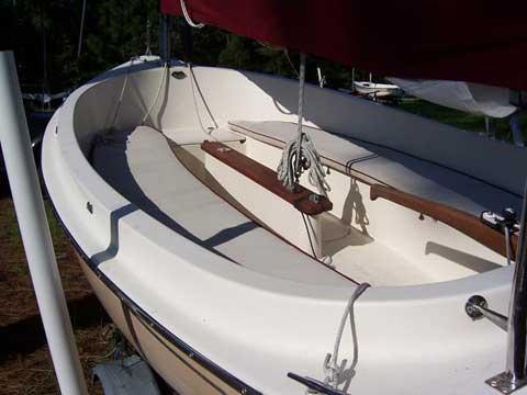 Hutchins Picnic Cat, 14 ft., 2006 sailboat