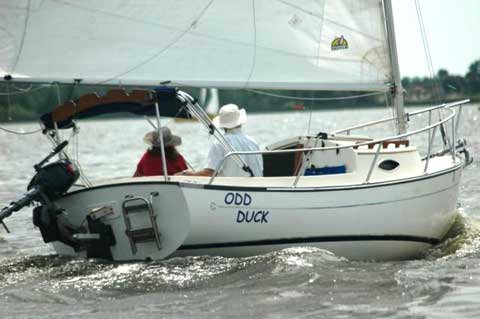 Com-Pac Sun Cat, 2007 sailboat