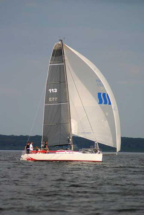 Henderson 30, 1997 sailboat