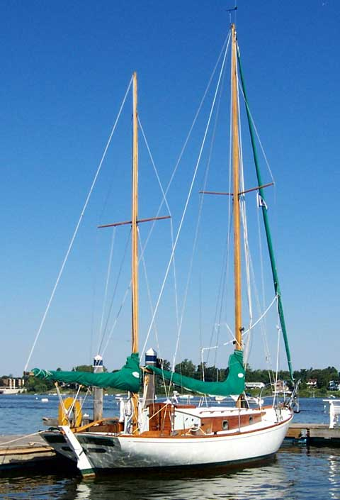 Herreshoff 28 1980 Greenfield Massachusetts Sailboat