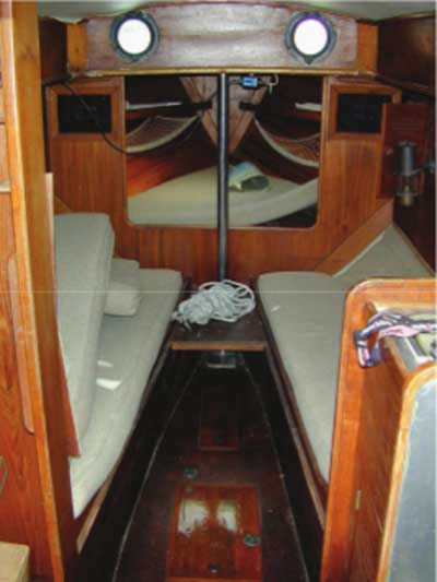 Herreshoff 28, 1980 sailboat