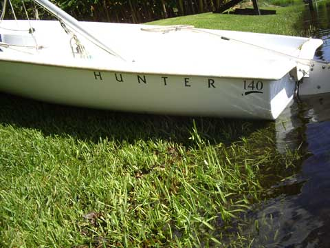 Hunter 140, 1998 sailboat