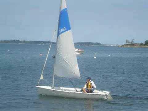 Hunter 140, 1999 sailboat