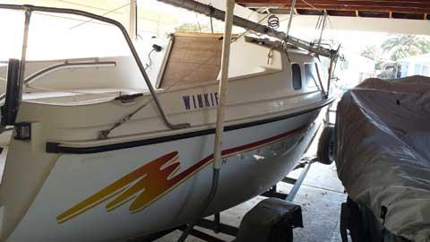 Hunter 19, 1993 sailboat