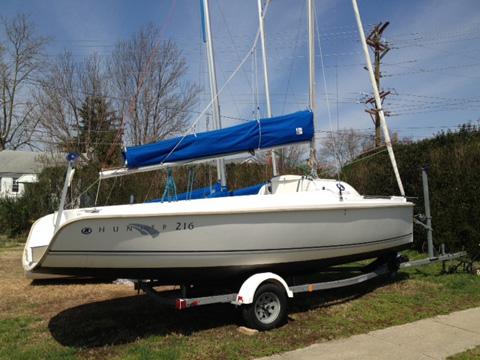 Hunter 216, 2005 sailboat