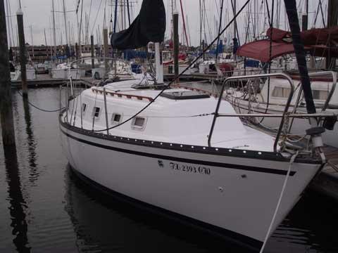 Hunter 27, 1981 sailboat